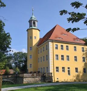 Schloss Langburkersdorf bei Neustadt/Sa. zur 1. dortigen Biker-Messe am 2. September 2012