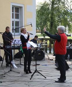dimuthea und Band bei der 1. Biker-Messe in Langburkersdorf am 2. September 2012